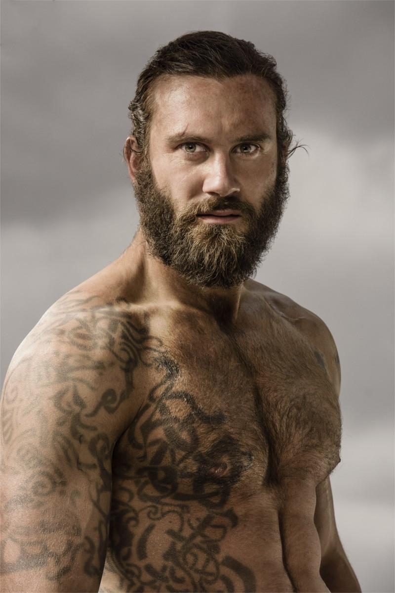 Vikings Les Tatouages Des Personnages Principaux En Detail